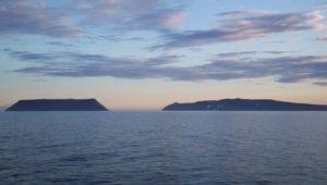 Aneh! Cuma Berjarak 3 Km, 2 Pulau Ini Berbeda Waktu 21 Jam